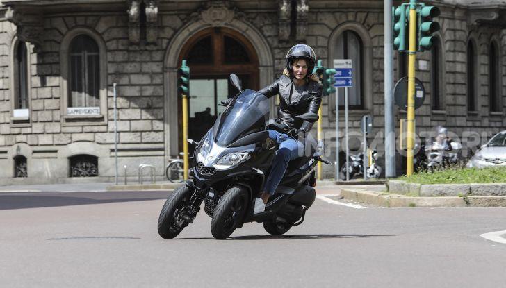 Piaggio MP3 300 hpe: il tre ruote più famoso al mondo ancora più agile e sportivo - Foto 55 di 60