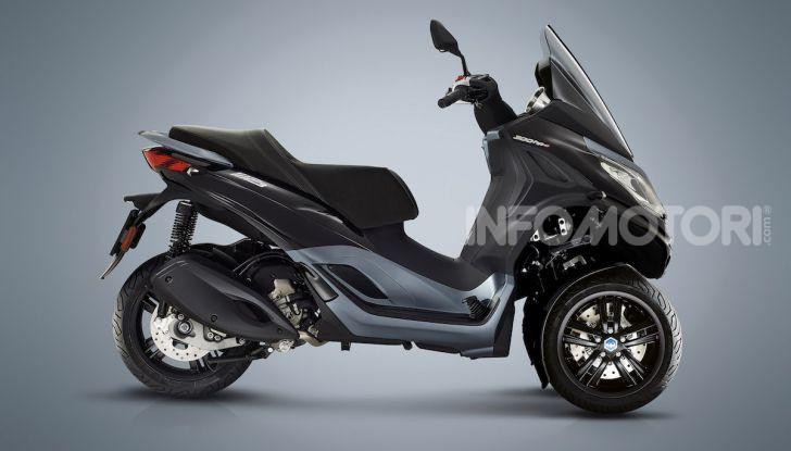 Piaggio MP3 300 hpe: il tre ruote più famoso al mondo ancora più agile e sportivo - Foto 8 di 60