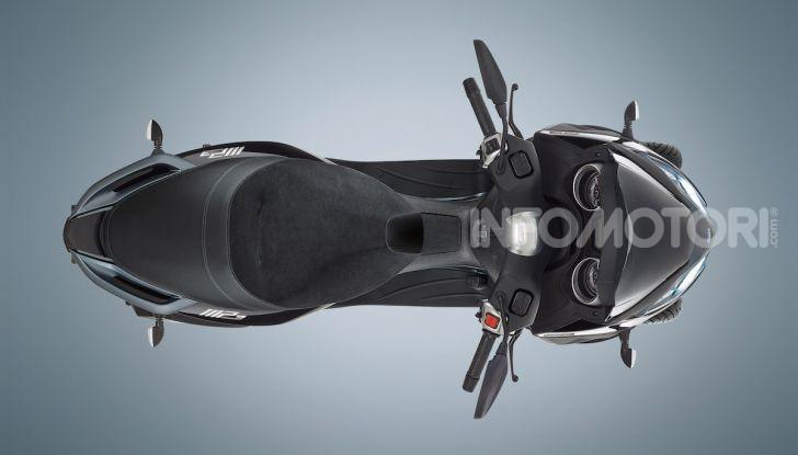 Piaggio MP3 300 hpe: il tre ruote più famoso al mondo ancora più agile e sportivo - Foto 9 di 60
