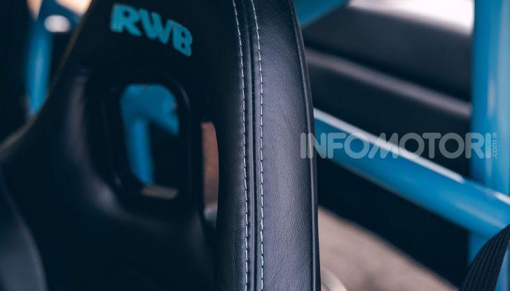 Porsche 911 Blue Riviera, il tuning di RWB - Foto 7 di 20