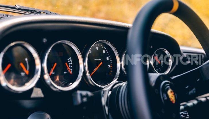 Porsche 911 Blue Riviera, il tuning di RWB - Foto 17 di 20