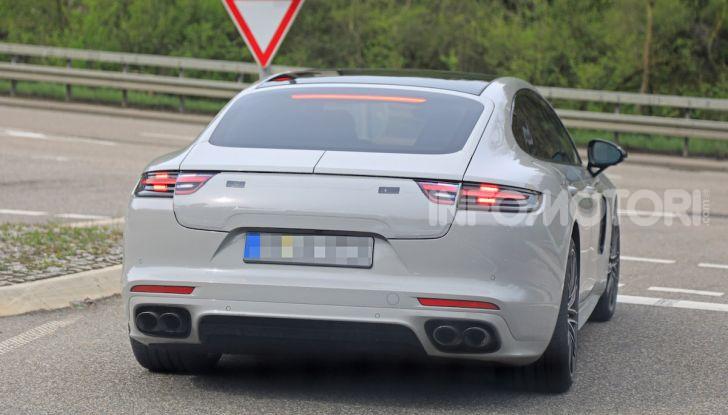 Porsche Panamera Facelift 2020 immagini e caratteristiche - Foto 4 di 5