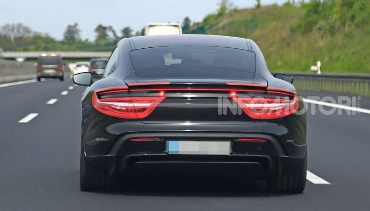 Porsche Taycan, la prova su strada in anteprima arriva dalla Germania - Foto 12 di 43