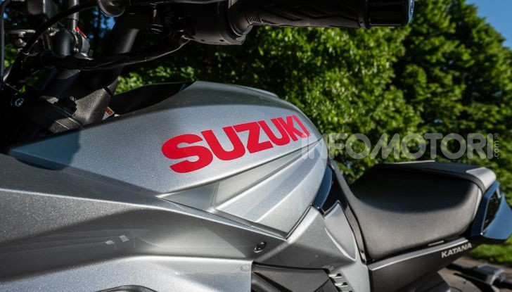 [VIDEO] Prova Suzuki GSX-S 1000 Katana, affilata di nome e di fatto - Foto 10 di 42