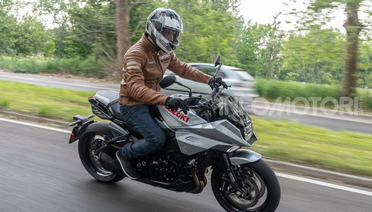 [VIDEO] Prova Suzuki GSX-S 1000 Katana, affilata di nome e di fatto - Foto 32 di 42