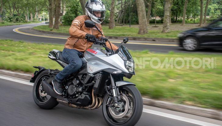 [VIDEO] Prova Suzuki GSX-S 1000 Katana, affilata di nome e di fatto - Foto 33 di 42