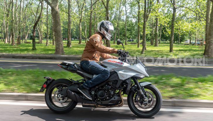 [VIDEO] Prova Suzuki GSX-S 1000 Katana, affilata di nome e di fatto - Foto 34 di 42