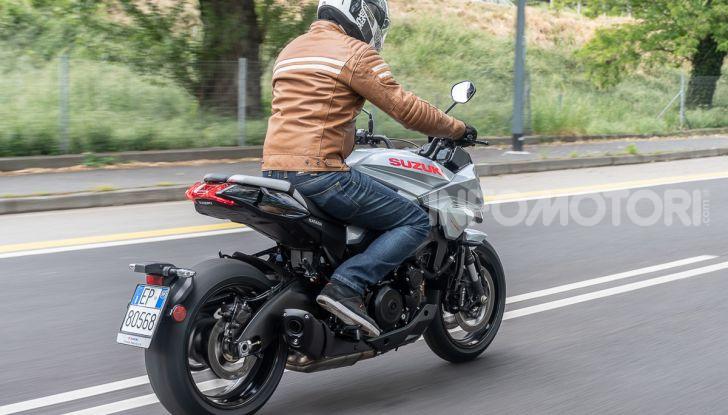 [VIDEO] Prova Suzuki GSX-S 1000 Katana, affilata di nome e di fatto - Foto 39 di 42