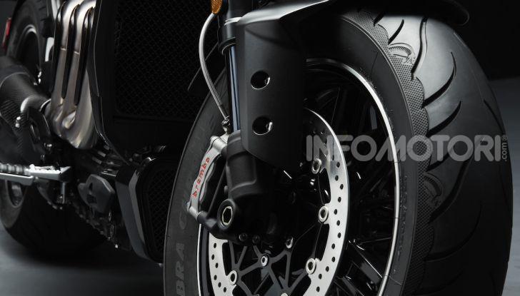 Project Triumph TE-1: il nuovo progetto di moto elettrica di Triumph - Foto 22 di 33