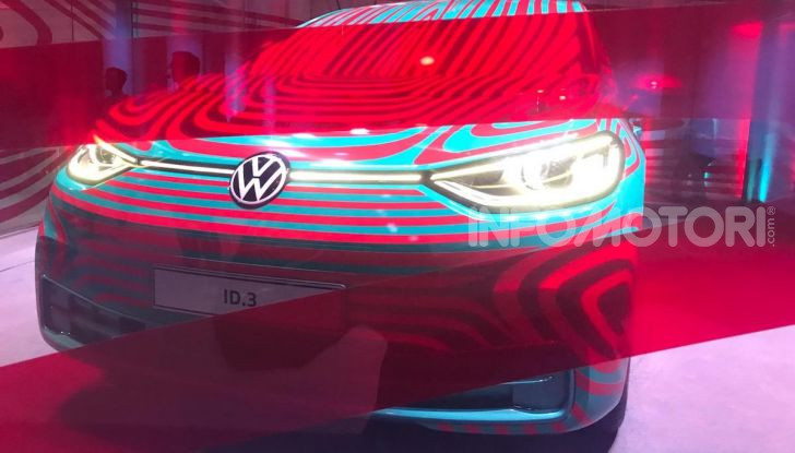 Volkswagen ID.3, la prima elettrica della famiglia ID VW - Foto 16 di 20