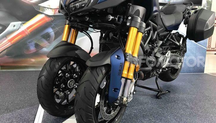 Yamaha Niken: al Moard arriva la moto (a tre ruote) che non c'era - Foto 1 di 8