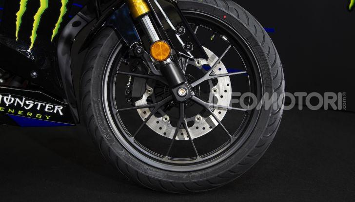 Yamaha  YZF-R125 Monster Energy Yamaha MotoGP Edition: piccola ma con DNA sportivo - Foto 12 di 22