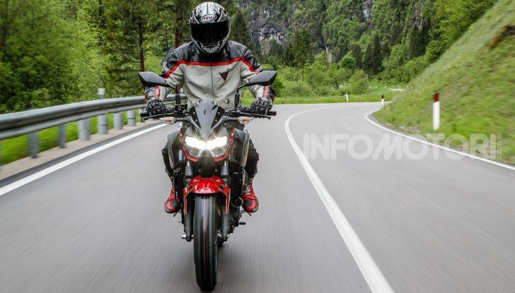 Prova Kawasaki Z400 2019: ecco la nuova naked di Akashi - Foto 6 di 23
