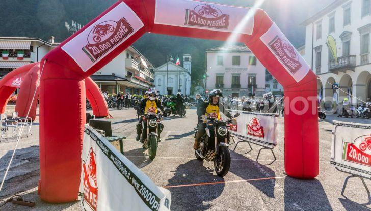 La nostra 20.000 Pieghe: un viaggio di passione con una Honda CB650R - Foto 1 di 31