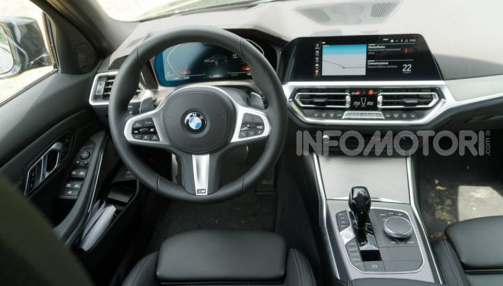 BMW 320d interni serie 3 G20