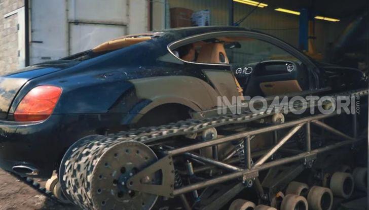Tuning dalla Russia: ecco la Bentley con il cingolato per andare ovunque - Foto 23 di 32