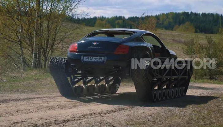 Tuning dalla Russia: ecco la Bentley con il cingolato per andare ovunque - Foto 12 di 32