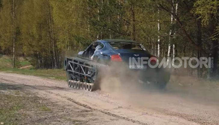 Tuning dalla Russia: ecco la Bentley con il cingolato per andare ovunque - Foto 15 di 32