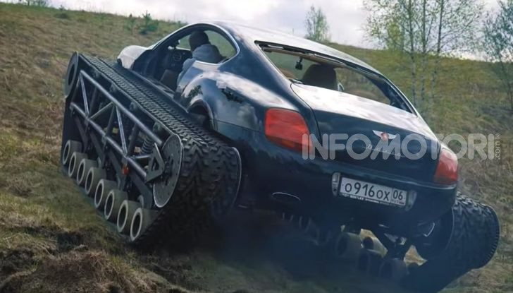 Tuning dalla Russia: ecco la Bentley con il cingolato per andare ovunque - Foto 13 di 32