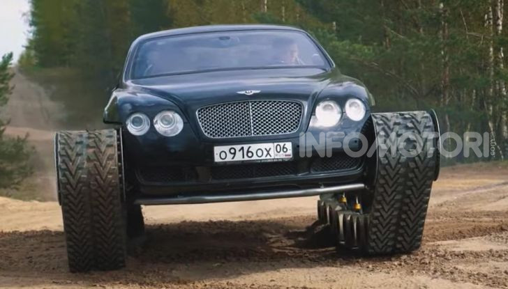 Tuning dalla Russia: ecco la Bentley con il cingolato per andare ovunque - Foto 9 di 32