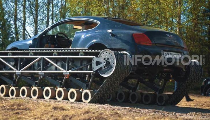 Tuning dalla Russia: ecco la Bentley con il cingolato per andare ovunque - Foto 11 di 32