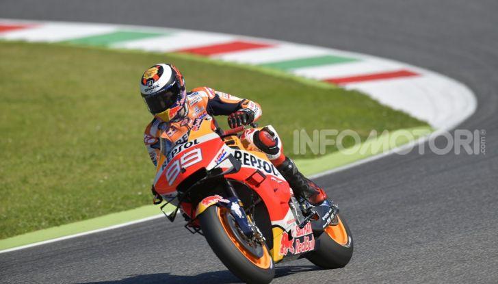 MotoGP 2019 GP d'Italia: Marquez firma il nuovo record del Mugello, Dovizioso solo nono e Rossi 18esimo - Foto 4 di 64