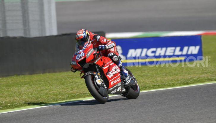 MotoGP 2019 GP d'Italia: Marquez firma il nuovo record del Mugello, Dovizioso solo nono e Rossi 18esimo - Foto 10 di 64