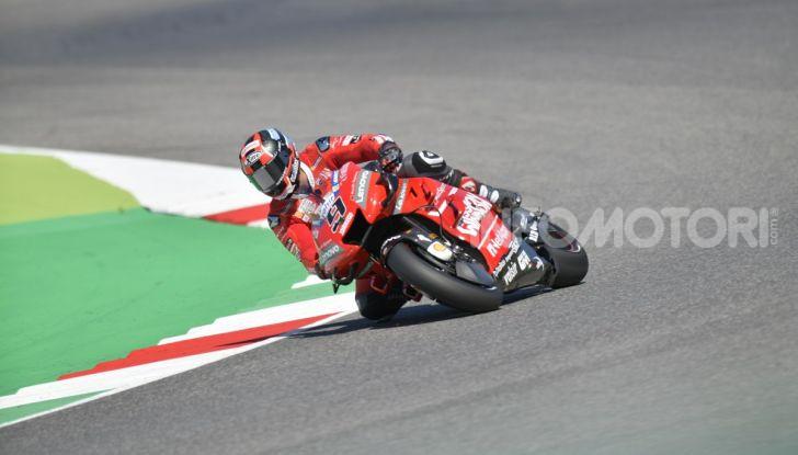 MotoGP 2019 GP d'Italia: Marquez firma il nuovo record del Mugello, Dovizioso solo nono e Rossi 18esimo - Foto 13 di 64