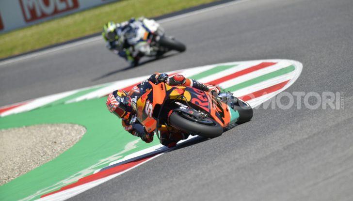 MotoGP 2019 GP d'Italia: Marquez firma il nuovo record del Mugello, Dovizioso solo nono e Rossi 18esimo - Foto 17 di 64