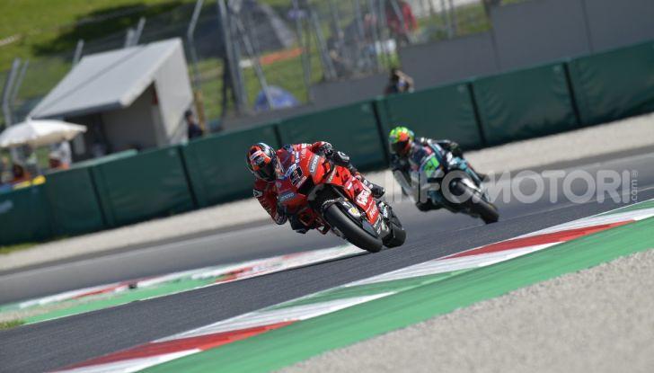 MotoGP 2019 GP d'Italia: Marquez firma il nuovo record del Mugello, Dovizioso solo nono e Rossi 18esimo - Foto 18 di 64