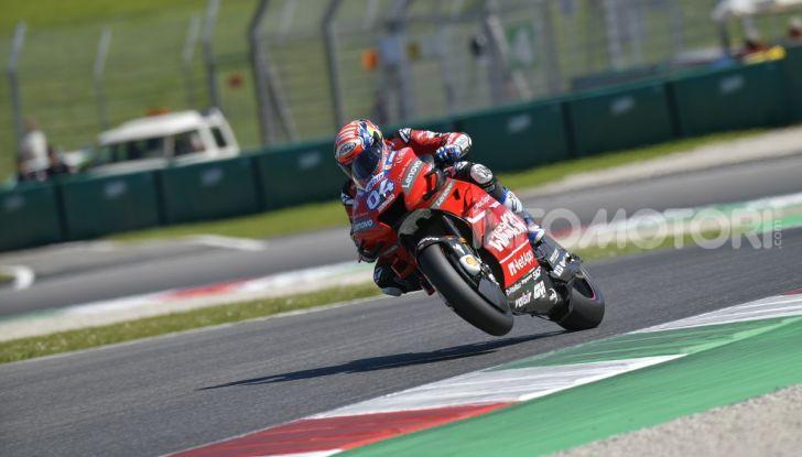 MotoGP 2019 GP d'Italia: Marquez firma il nuovo record del Mugello, Dovizioso solo nono e Rossi 18esimo - Foto 24 di 64