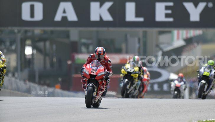 MotoGP 2019 GP d'Italia: Petrucci trionfa al Mugello davanti a Marquez e Dovizioso, Rossi a terra - Foto 26 di 52