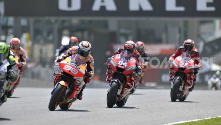 MotoGP 2019 GP d'Italia: Petrucci trionfa al Mugello davanti a Marquez e Dovizioso, Rossi a terra - Foto 27 di 52