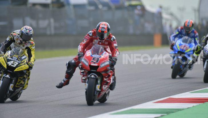 MotoGP 2019 GP d'Italia: Petrucci trionfa al Mugello davanti a Marquez e Dovizioso, Rossi a terra - Foto 31 di 52