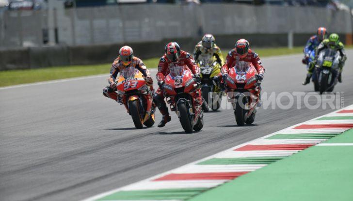 MotoGP 2019 GP d'Italia: Petrucci trionfa al Mugello davanti a Marquez e Dovizioso, Rossi a terra - Foto 34 di 52