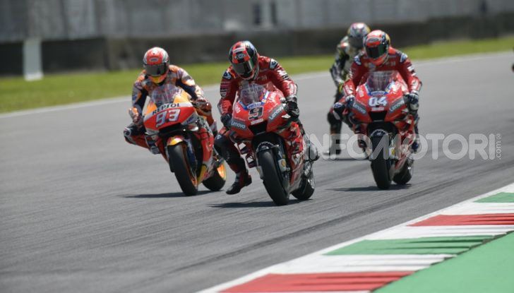 MotoGP 2019 GP d'Italia: Petrucci trionfa al Mugello davanti a Marquez e Dovizioso, Rossi a terra - Foto 35 di 52