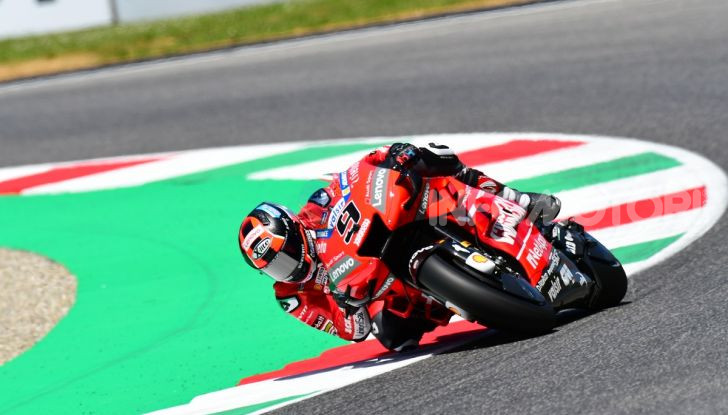 MotoGP 2019 GP d'Italia: Marquez firma il nuovo record del Mugello, Dovizioso solo nono e Rossi 18esimo - Foto 31 di 64