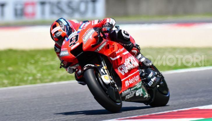MotoGP 2019 GP d'Italia: Marquez firma il nuovo record del Mugello, Dovizioso solo nono e Rossi 18esimo - Foto 33 di 64
