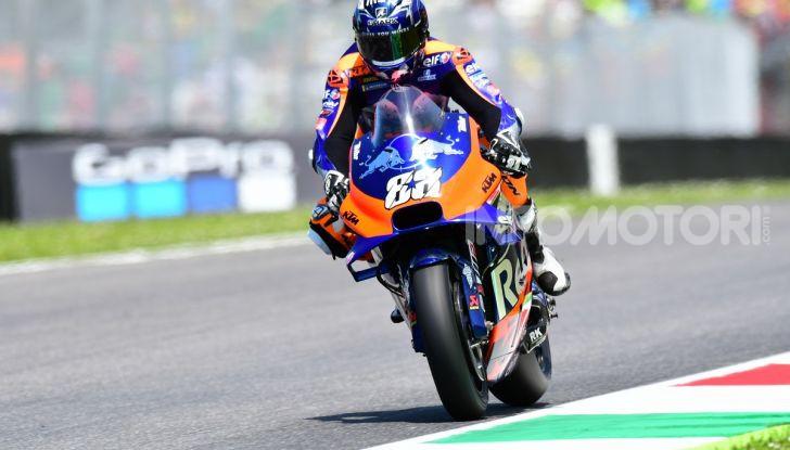 MotoGP 2019 GP d'Italia: Marquez firma il nuovo record del Mugello, Dovizioso solo nono e Rossi 18esimo - Foto 37 di 64