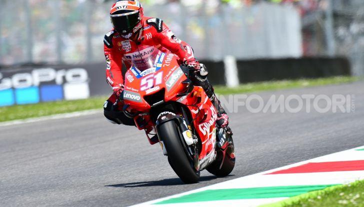 MotoGP 2019 GP d'Italia: Marquez firma il nuovo record del Mugello, Dovizioso solo nono e Rossi 18esimo - Foto 38 di 64