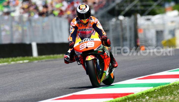 MotoGP 2019 GP d'Italia: Marquez firma il nuovo record del Mugello, Dovizioso solo nono e Rossi 18esimo - Foto 42 di 64