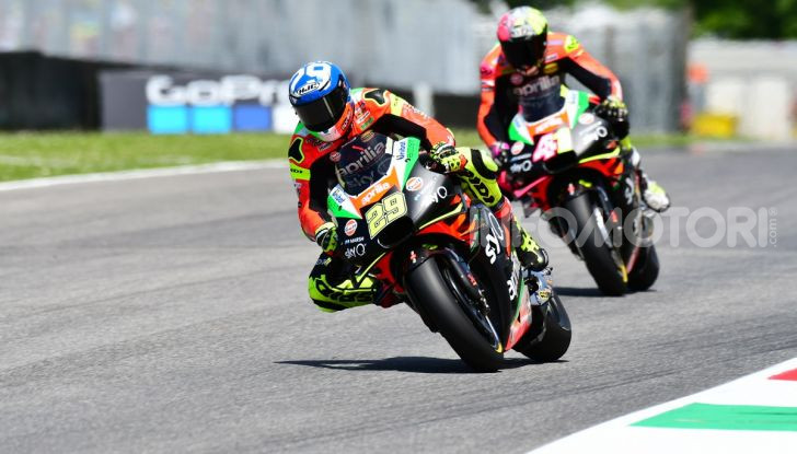 MotoGP 2019 GP d'Italia: Marquez firma il nuovo record del Mugello, Dovizioso solo nono e Rossi 18esimo - Foto 48 di 64