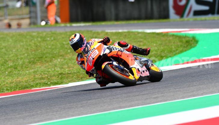 MotoGP 2019 GP d'Italia: Marquez firma il nuovo record del Mugello, Dovizioso solo nono e Rossi 18esimo - Foto 57 di 64