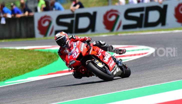 MotoGP 2019 GP d'Italia: Marquez firma il nuovo record del Mugello, Dovizioso solo nono e Rossi 18esimo - Foto 58 di 64