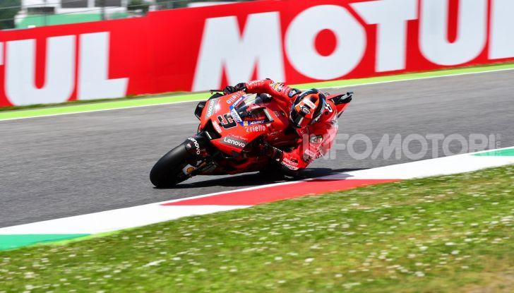 MotoGP 2019 GP d'Italia: Marquez firma il nuovo record del Mugello, Dovizioso solo nono e Rossi 18esimo - Foto 59 di 64