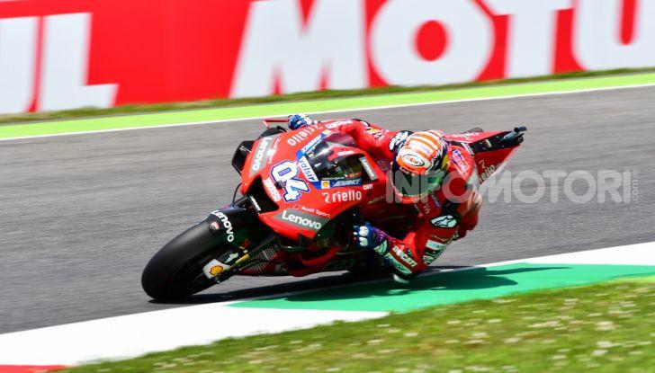 MotoGP 2019 GP d'Italia: Marquez firma il nuovo record del Mugello, Dovizioso solo nono e Rossi 18esimo - Foto 62 di 64