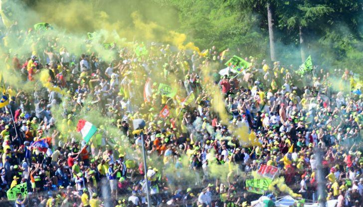 MotoGP 2019 GP d'Italia: Petrucci trionfa al Mugello davanti a Marquez e Dovizioso, Rossi a terra - Foto 24 di 52