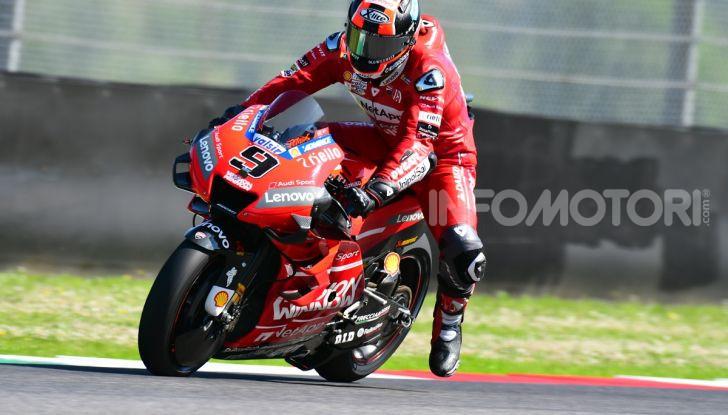MotoGP 2019 GP d'Italia: Petrucci trionfa al Mugello davanti a Marquez e Dovizioso, Rossi a terra - Foto 1 di 52