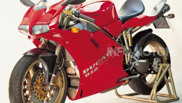 Ducati 916, la più bella di sempre: storia di un mito - Foto 2 di 5