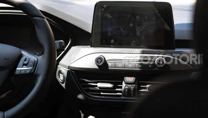 Prova Ford Focus Wagon 1.5 EcoBoost ST Line: per papà sportivi, ma non solo! - Foto 25 di 33